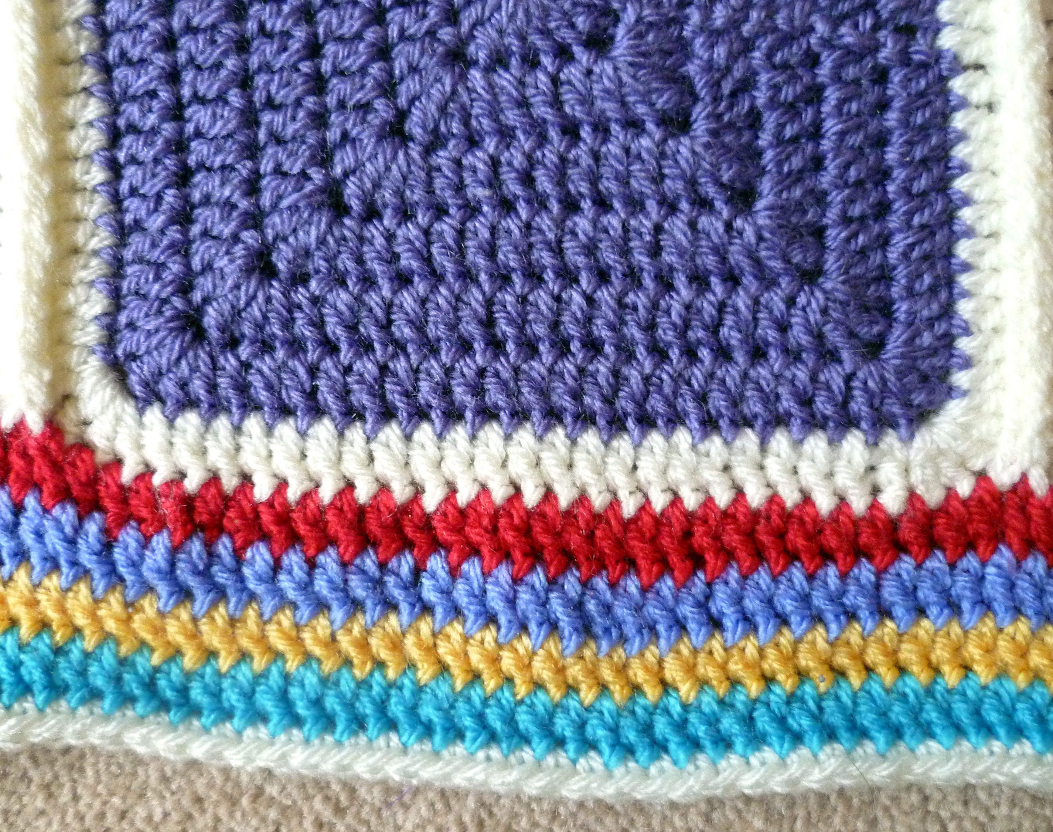 Crochet – Silver Blackbird